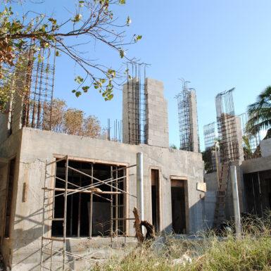 2017-11-30_152-Mashta_Backyard-View-WEB